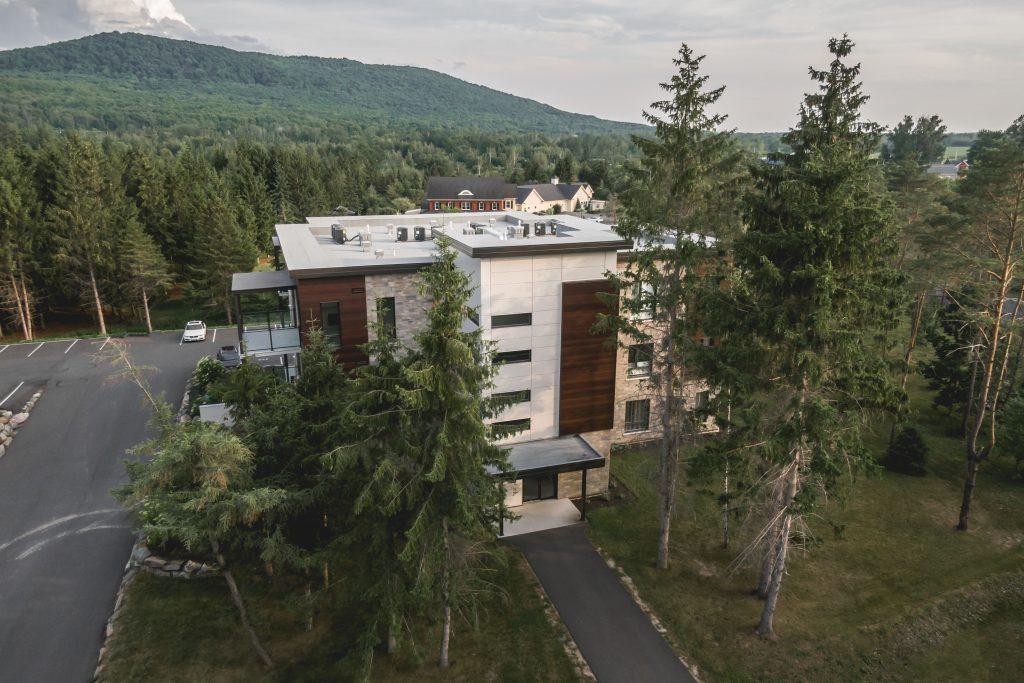 quartier-natura-condos-vendre-bromont-face