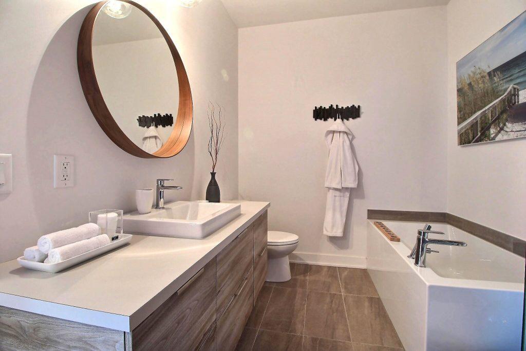 quartier-natura-condo-bromont-salle-de-bain-2